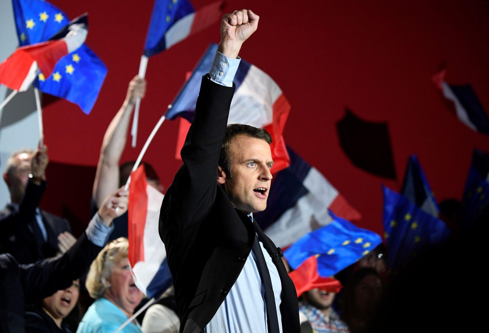 Macron / EU-Flagge