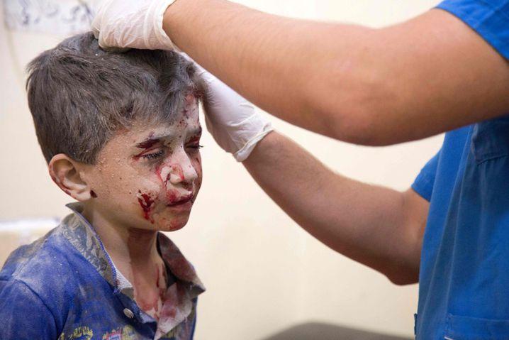 Syrischer Junge nach Angriff im Hospital