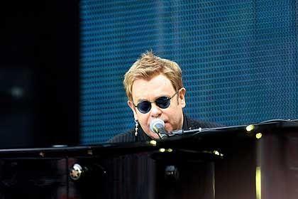 Elton John: Hier singt er zum Gedenken an Lady Di