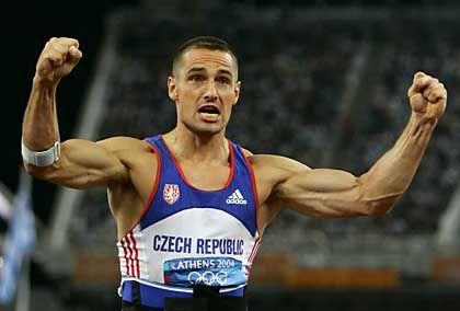 König der Leichtathleten in Siegerpose: Roman Sebrle aus Tschechien