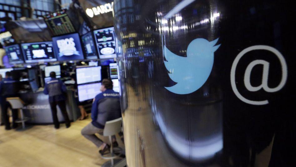 Twitter-Logo an der New Yorker Börse: Die neuen Quartalszahlen sind ambivalent