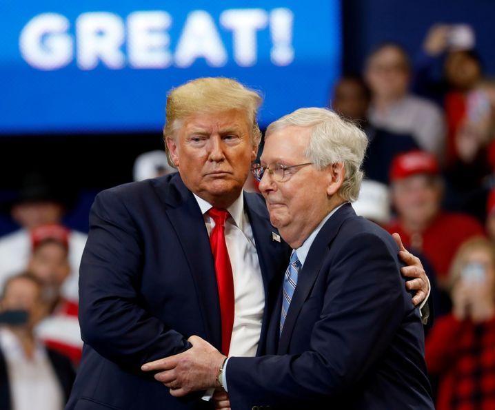 Trump und McConnell in Lexington, Kentucky