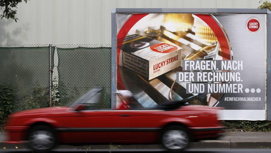 Werbeplakat für Zigaretten: Verbot ab 2022