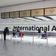 Großbritannien will ab Mai Ampelsystem für Reiseziele einführen