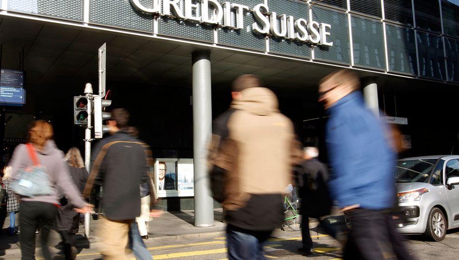 Filiale der Credit Suisse in Basel: Reiseverbot für Mitarbeiter