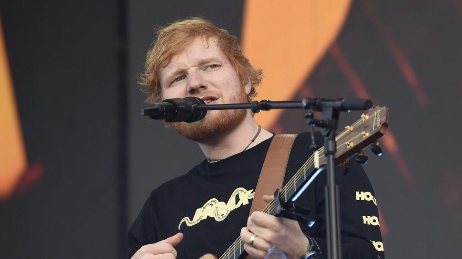 Musiker Ed Sheeran bei einem Auftritt in Helsinki (2019)