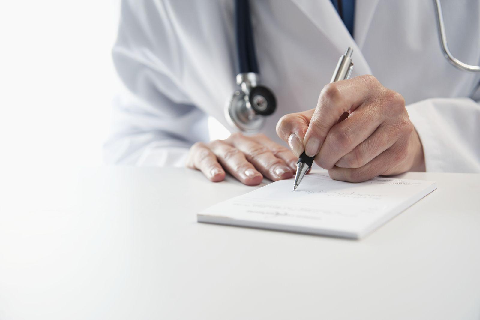 NICHT MEHR VERWENDEN! - mmo Thema Gesundheit / Arzt / Ärztin / Rezept ausstellen