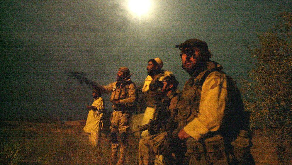 Unterzeichung in Kabul: Regelung zu Nachteinsätzen in Afghanistan