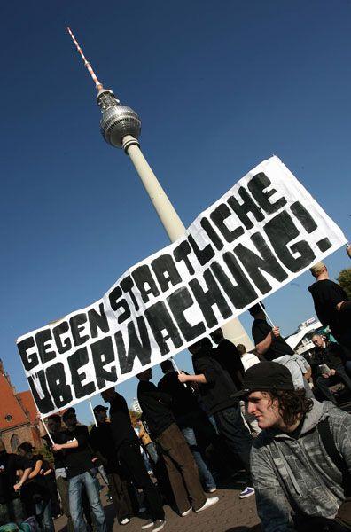 Großdemonstration für Datenschutz: Mehr als zehntausend protestierten in Berlin