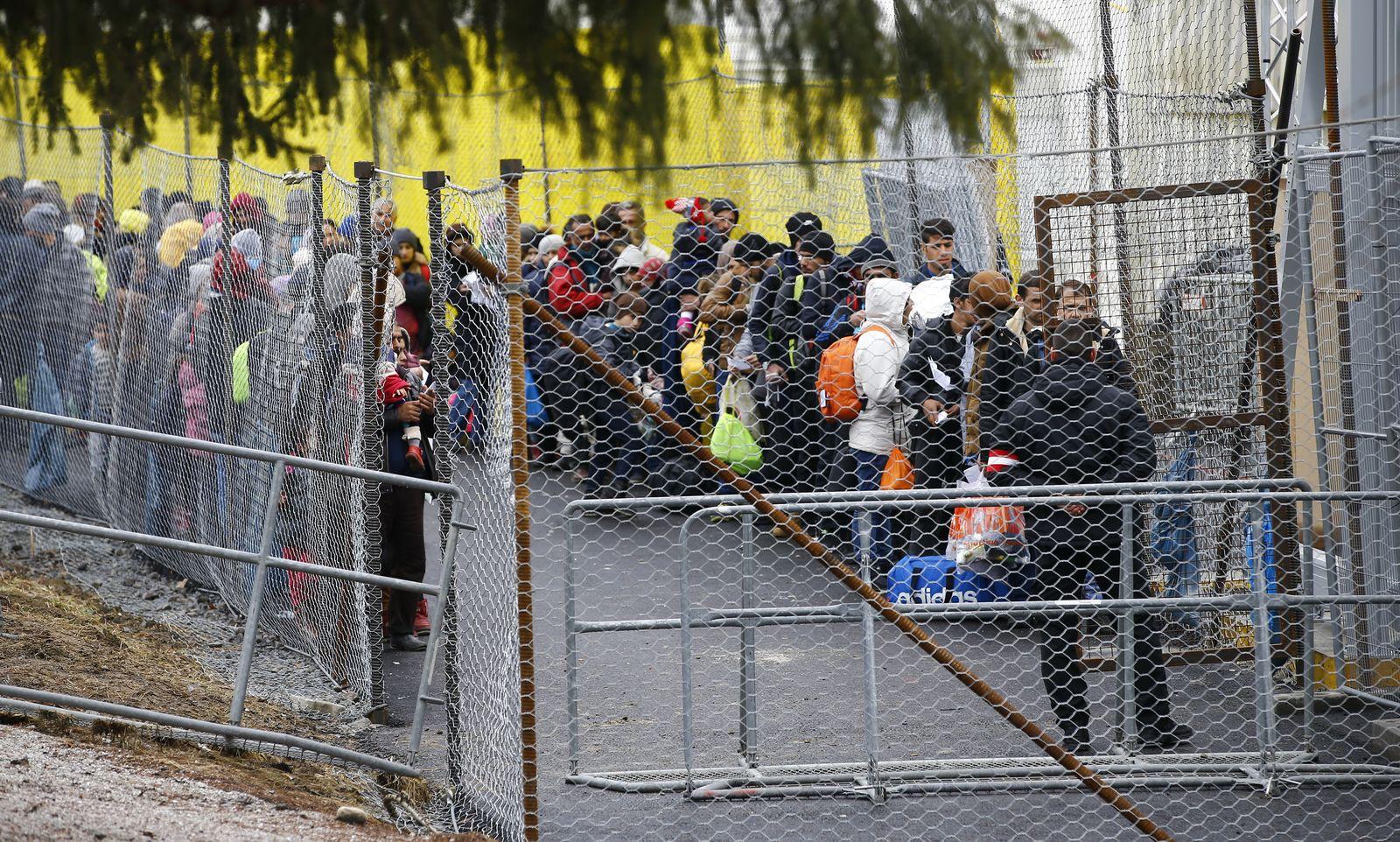Österreich/ Sozialhilfe/ Flüchtlinge