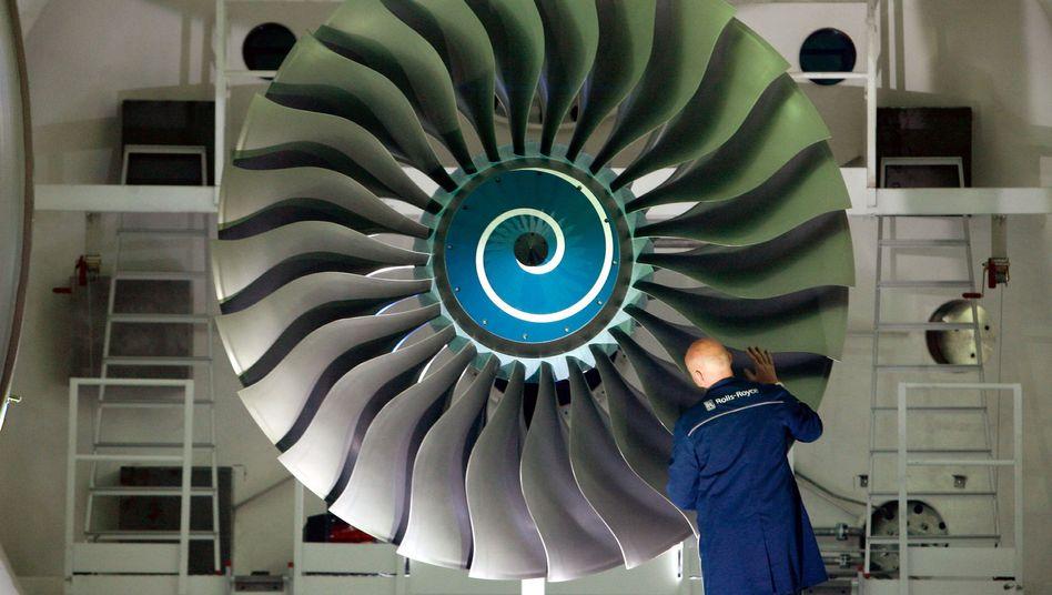 Triebwerkstest bei Rolls-Royce: Mehr Ingenieure durch leichtere Zuwanderung