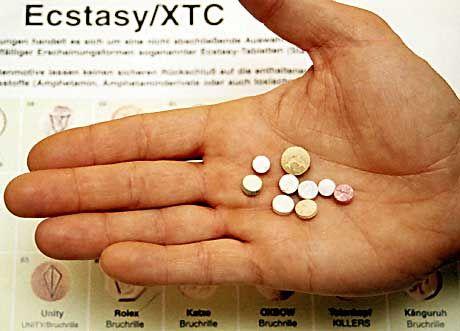 Ecstasy-Pillen: Deutliche Schädigung der Neuronen