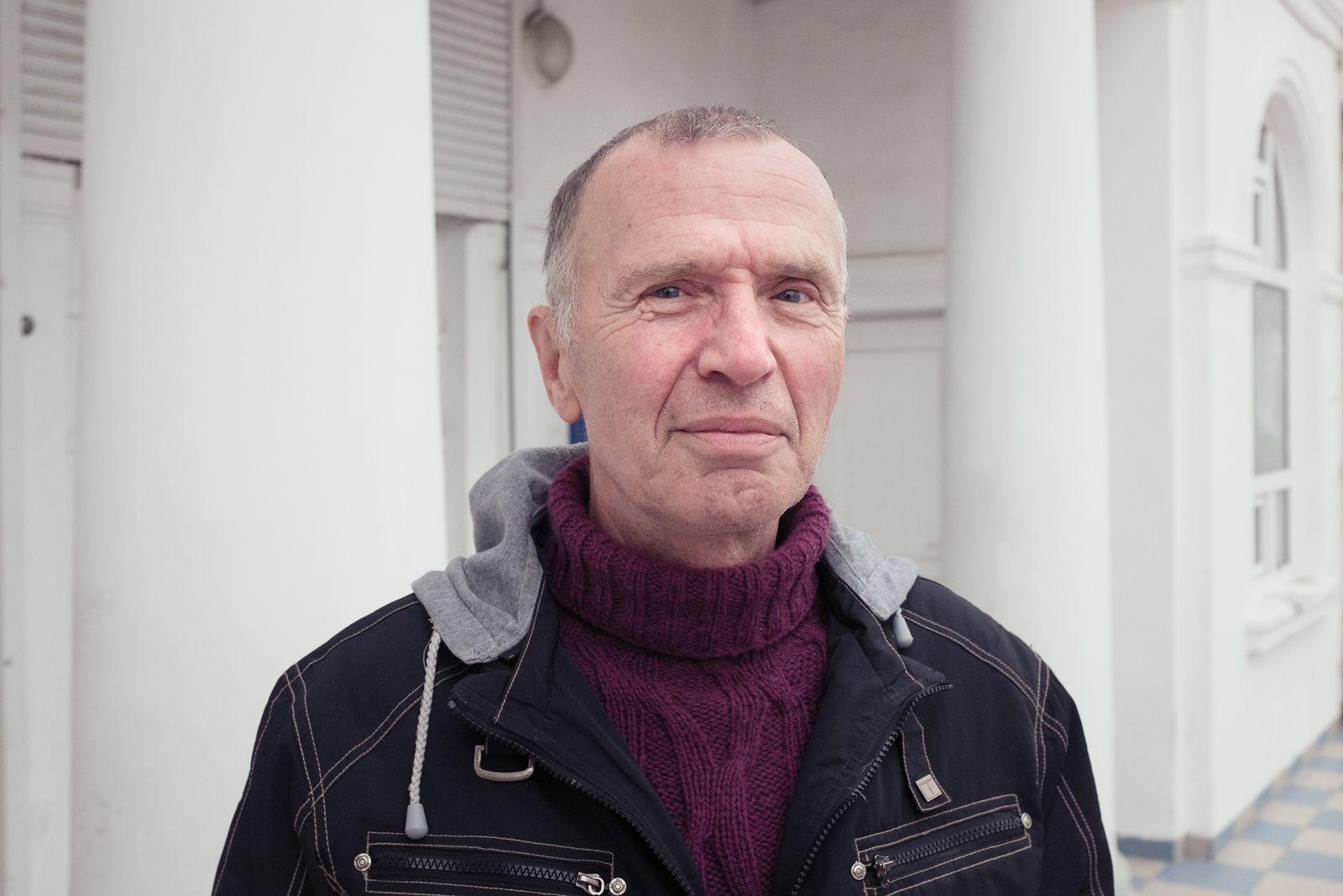EINMALIGE VERWENDUNG Vladimir Uglev
