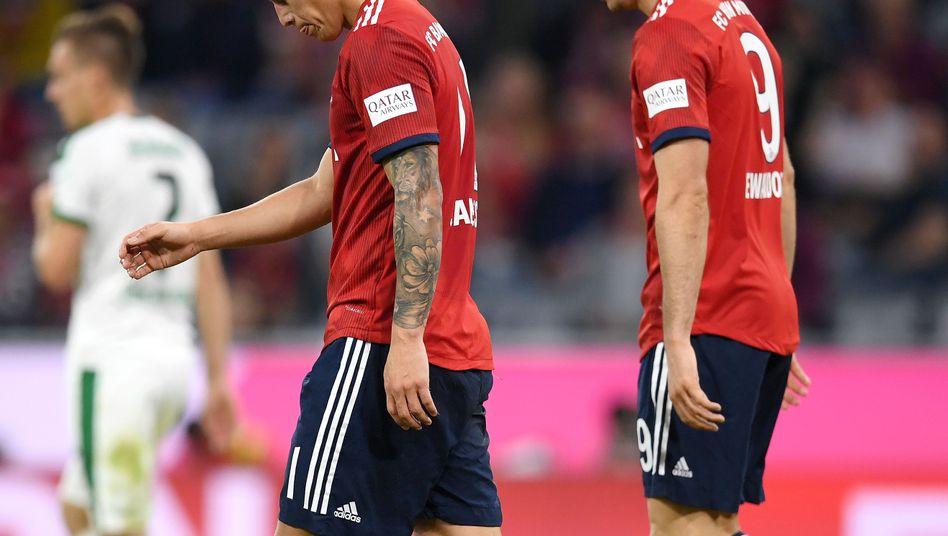 James Rodríguez and Robert Lewandowski wirken angeschlagen