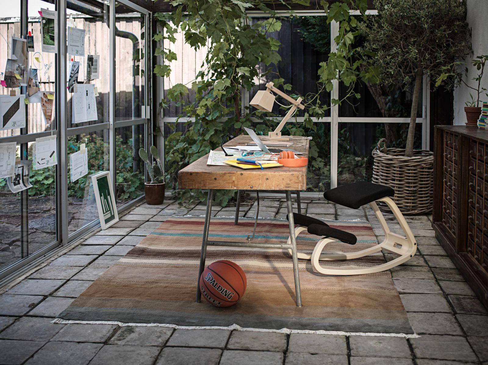 Variable? balans® Der Original-Kniestuhl / Bürostühle