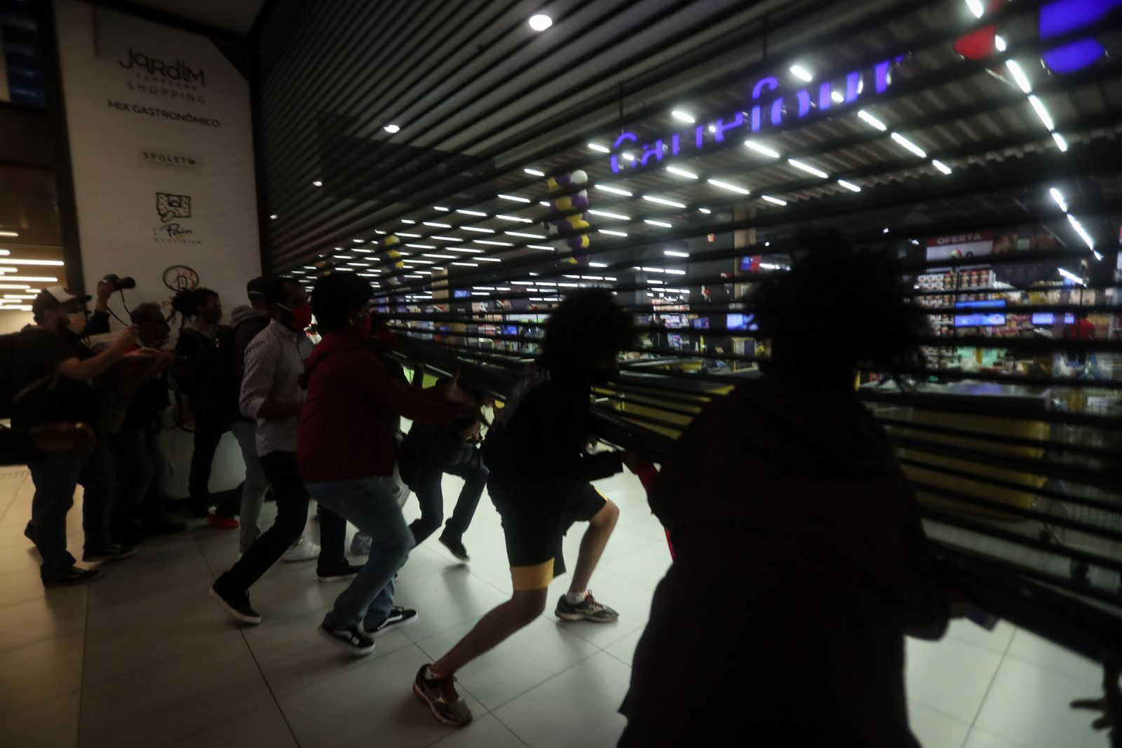 Protests held in several Brazilian cities to denounce murder of black man by two security guards at a supermarket, Sao Paulo, Brazil - 21 Nov 2020