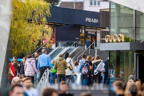 Einkaufen in der Outletcity Metzingen: Alles wird teurer