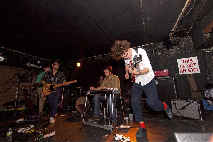 Elias Meister, 27 (bei einem Auftritt mit seiner Band Mon Khmer): Der Münchner Musiker zog 2007 nach New York