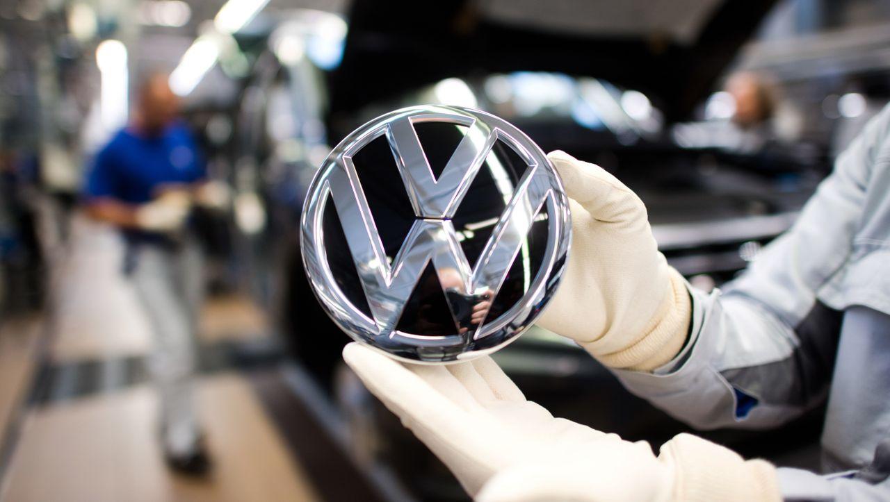 Ultrarechtes Portal: VW löscht nach Kritik Werbeanzeigen bei »Breitbart« - DER SPIEGEL