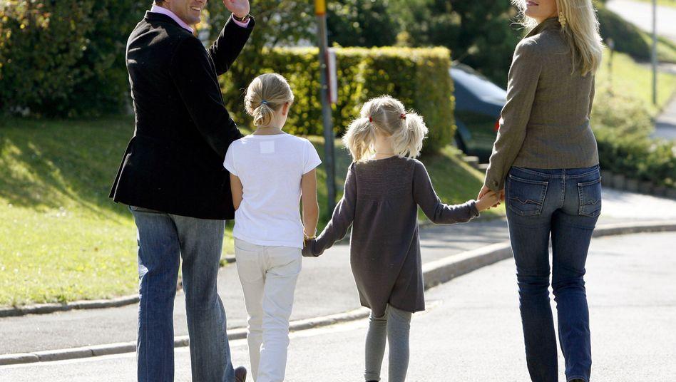 Ex-Minister Guttenberg, Familie: Servus, Deutschland!