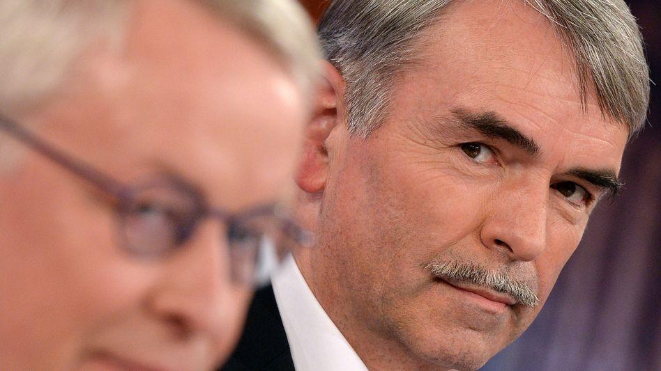 """Gustl Mollath: Mit Rechtsanwalt Gerhard Strate bei """"Beckmann"""""""
