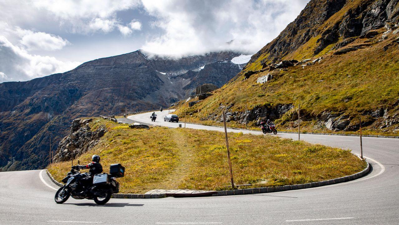 Österreich: Tirol beschließt Fahrverbote für laute Motorräder