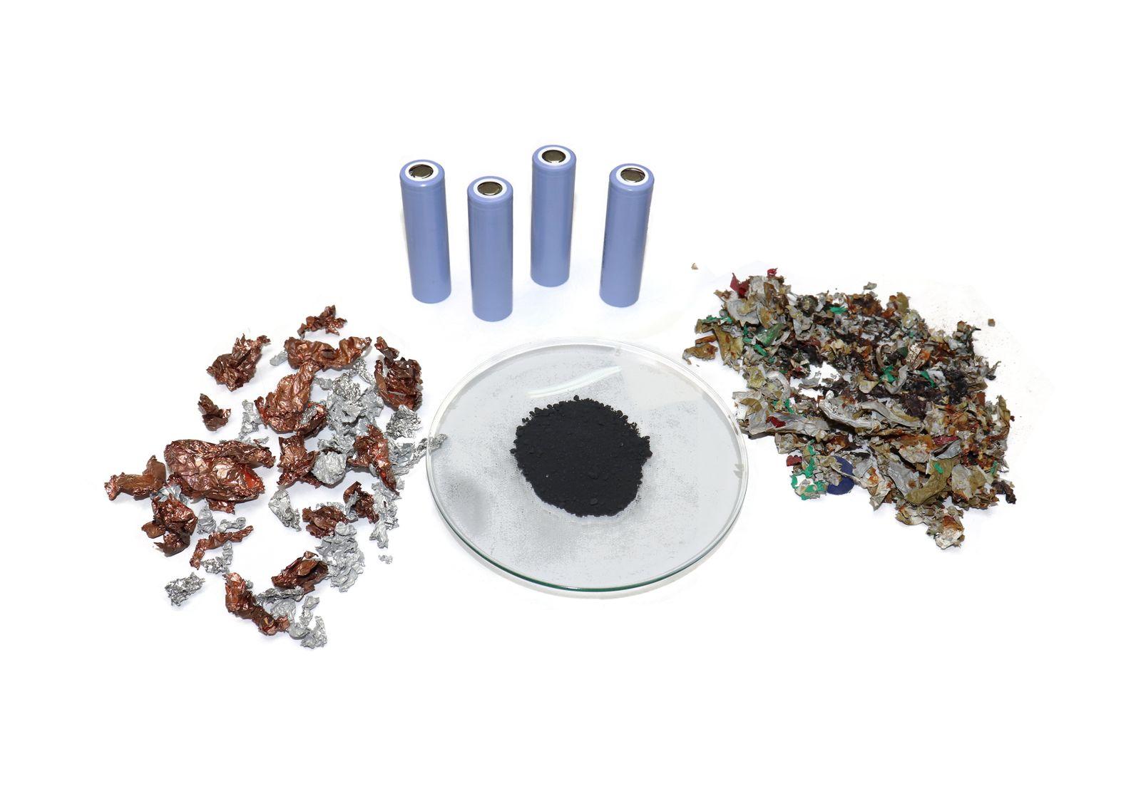 3 Fraktionen_Metall, Aktivmaterial, Kunststoff