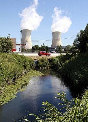 Atomkraftwerk Tricastin: Polizei beschlagnahmt Akten