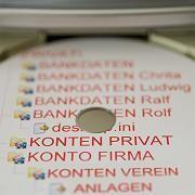 Daten-CD: Adresshändler bedienen sich bei Meldeämtern
