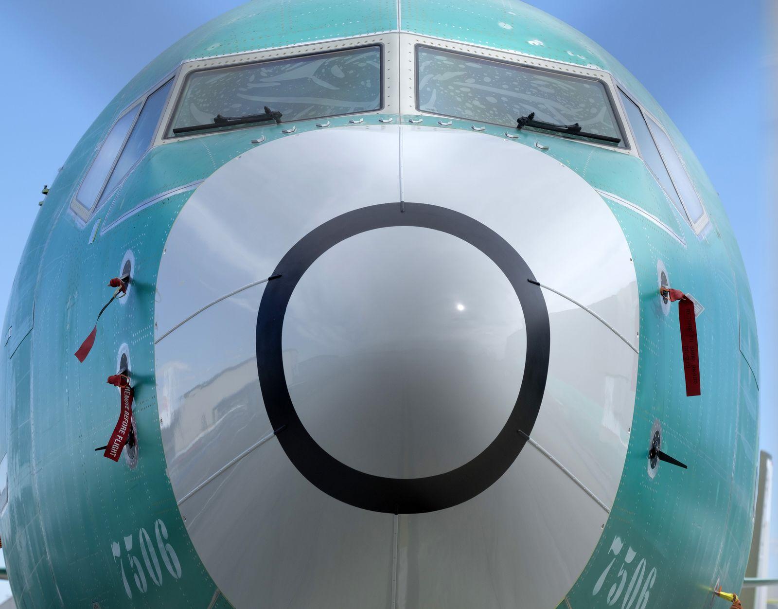 BOEING 737 MAX 8 / Test