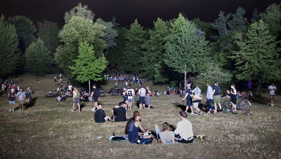 Berliner Hasenheide: Wo die wilden Raver hausen