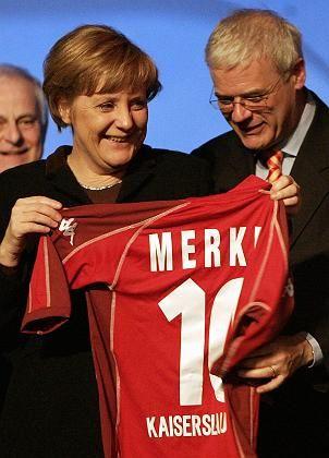 """Bundeskanzlerin Merkel (mit dem rheinland-pfälzischen CDU-Landesvorsitzenden Böhr):""""Großartiges Ereignis"""""""