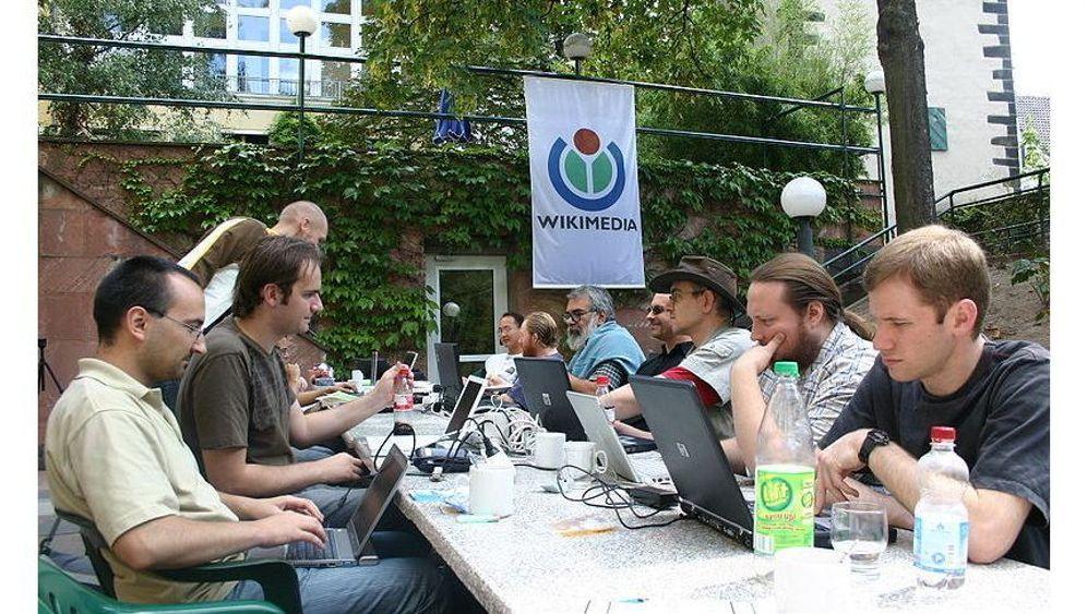 Zehn Jahre Wikipedia: Der kurze Sommer der Anarchie