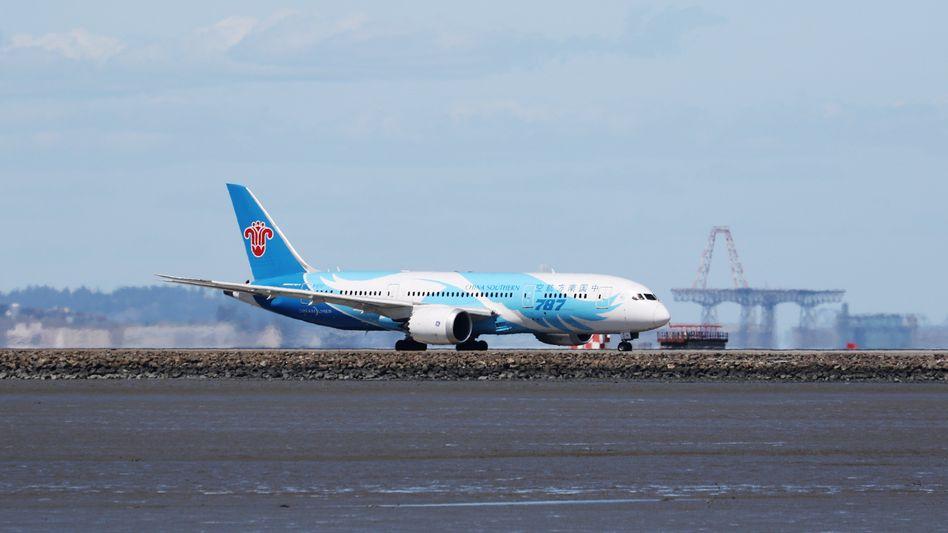 Maschine der Fluggesellschaft China Southern in San Francisco (Archivbild): Die USA wollen chinesischen Fluglinien die Landung verbieten