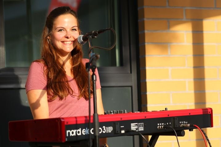 Sihna Maagé, 27, Sängerin und Songwriterin