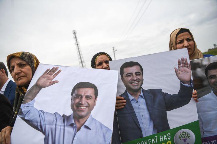 Demonstration für inhaftierten HDP-Politiker Demirtaş