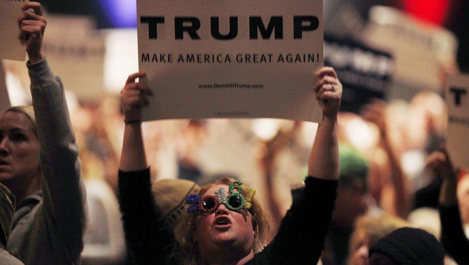 """Trump-Anhängerin 2016 in Burlington: """"Wir werden dieses Land übernehmen"""""""