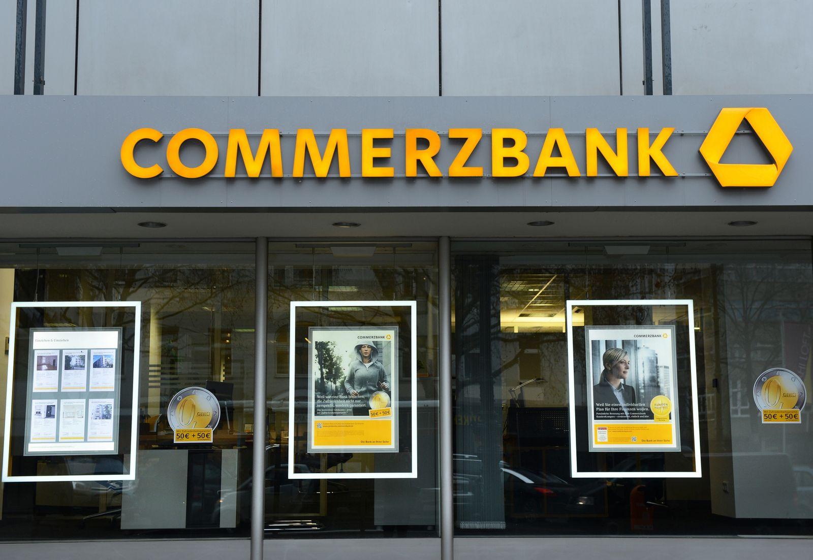 Commerzbank Filiale / Werbung