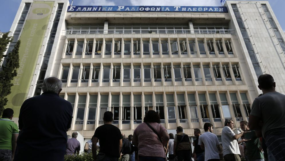 Griechischer Staatsrundfunk: Trauer und Nostalgie