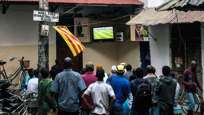 """Fußballerinnen auf Sansibar: """"Die Leute haben immer versucht, mich vom Spielen abzuhalten"""""""