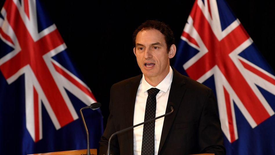 """In Neuseeland haben mehr als 2000 Menschen Waffen und Zubehör zurückgegeben. Polizeiminister Stuart Nash sprach von einer """"großen Beteiligung"""""""