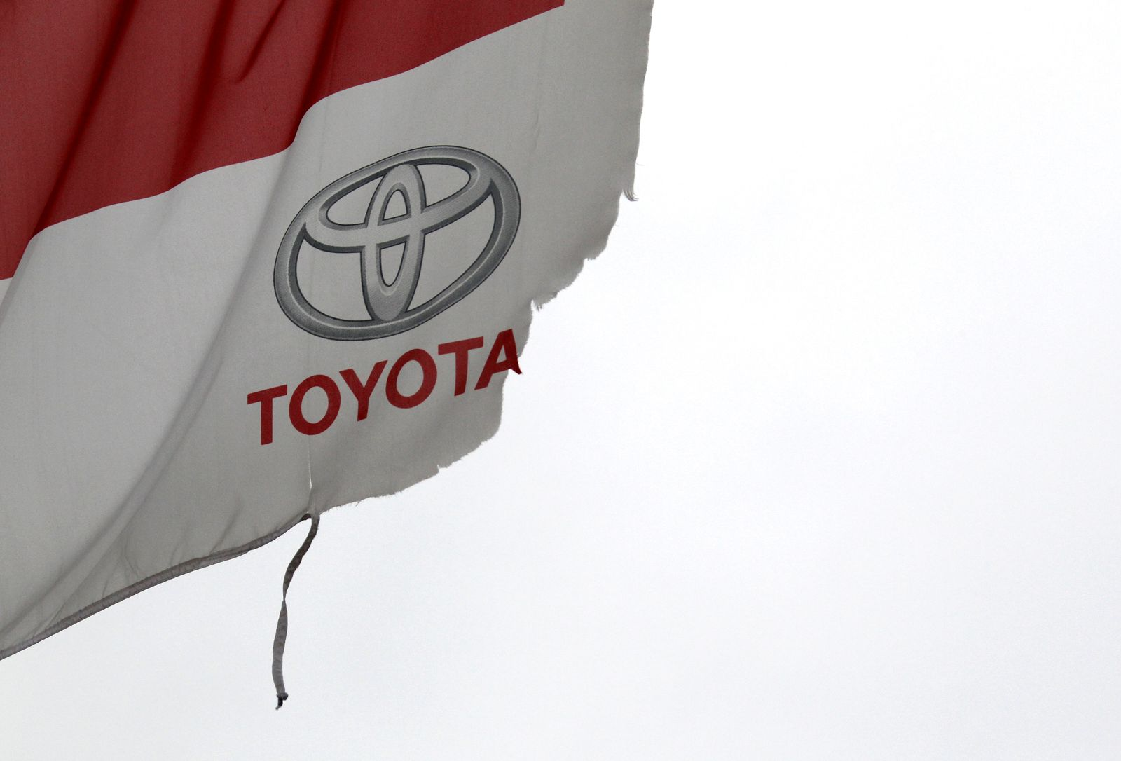 Toyota / Fahne kaputt