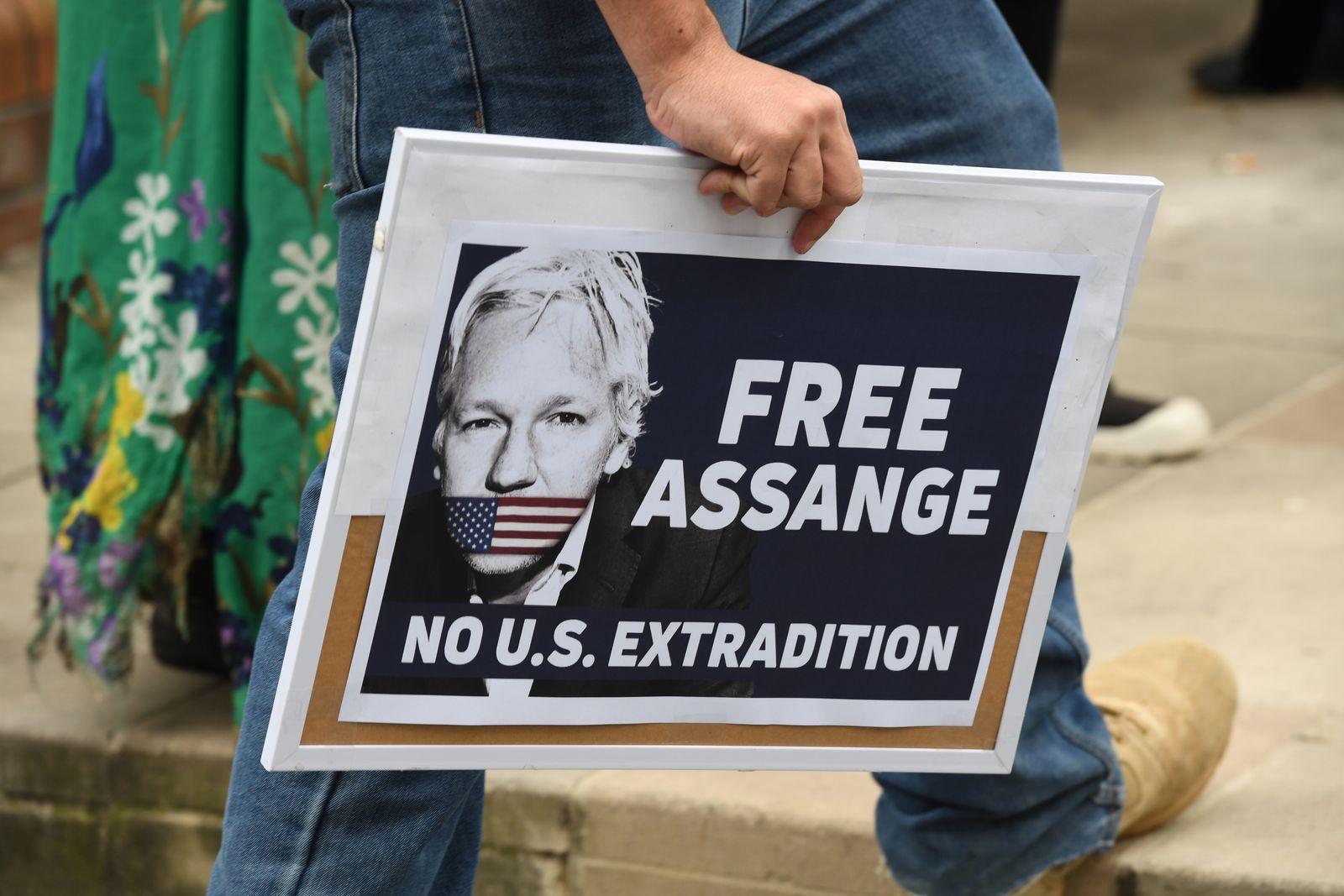 Assange Sydney Demo