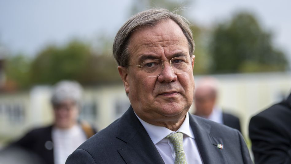 Armin Laschet: Schmeichelhafte Fragen für den NRW-Regierungschef beim WDR