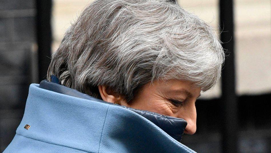 Neue Demütigung: Theresa May wird den Briten erklären müssen, dass sie eventuell doch noch an der EU-Wahl teilnehmen sollen