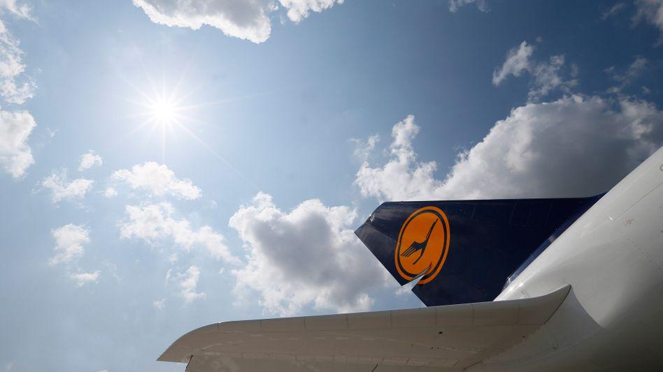 Maschine der Lufthansa: Flugsicherheitsagentur lockert Nutzungsregeln für Smartphones