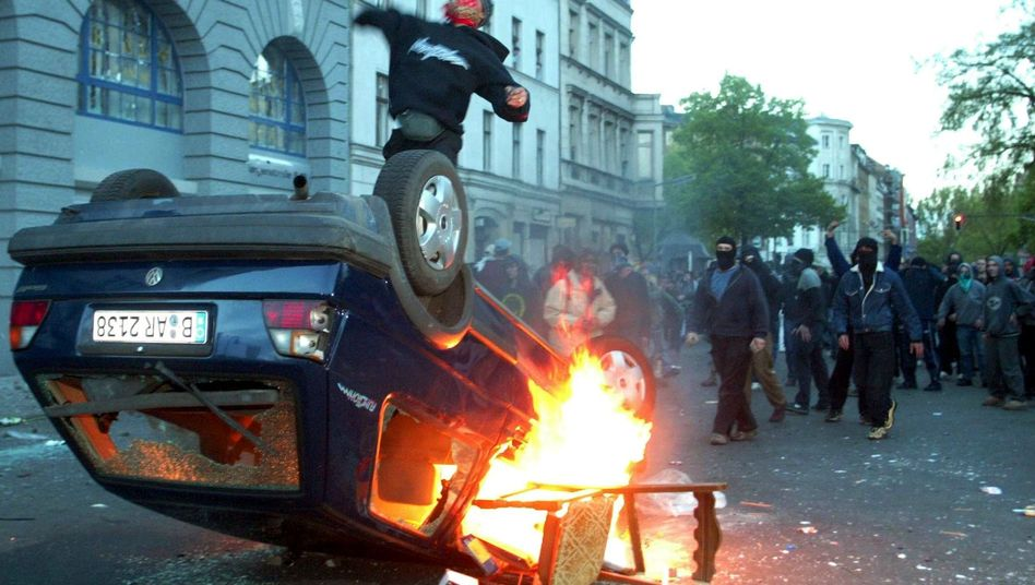 Maikrawalle in Kreuzberg 2003: Drohen wirklich britische Verhältnisse?