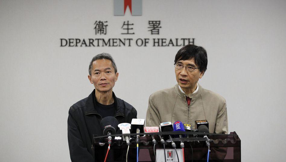 Yuen Kwok-yung, Arzt und Mikrobiologe, spricht bei der Pressekonferenz des chinesischen Gesundheitsministeriums: 41 Erkrankte und ein Toter nach Infektion mit neuartigem Virus