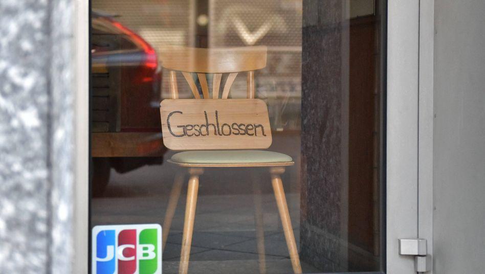 Geschlossener Laden in Frankfurt am Main: Hoffnung auf Aufholeffekt