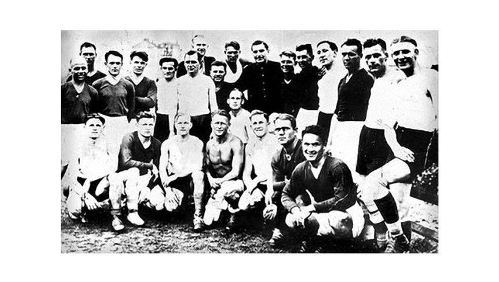 """Weltkriegs-Fußballmythos: Die wahre Geschichte des """"Todesspiels"""""""